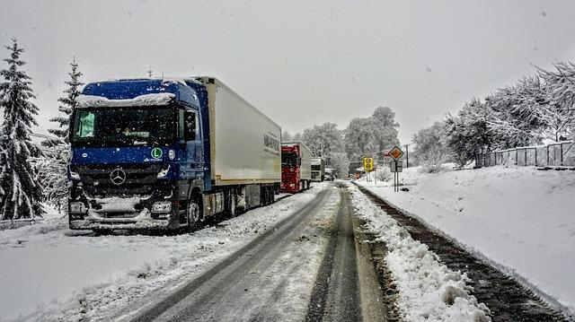silnice v zimě