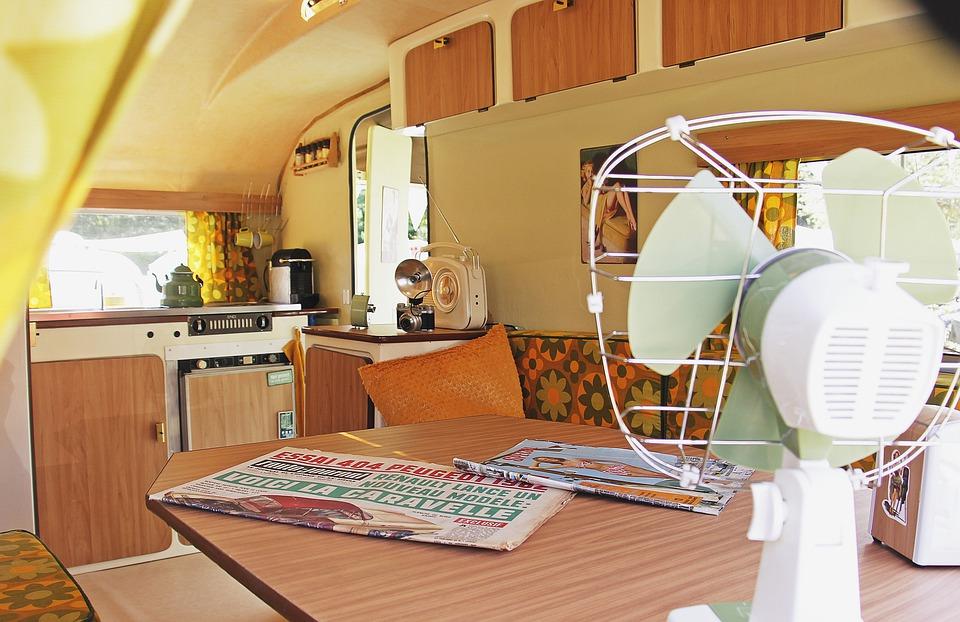 interiér karavanu